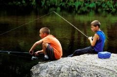 55-1136-two-boys-fishing