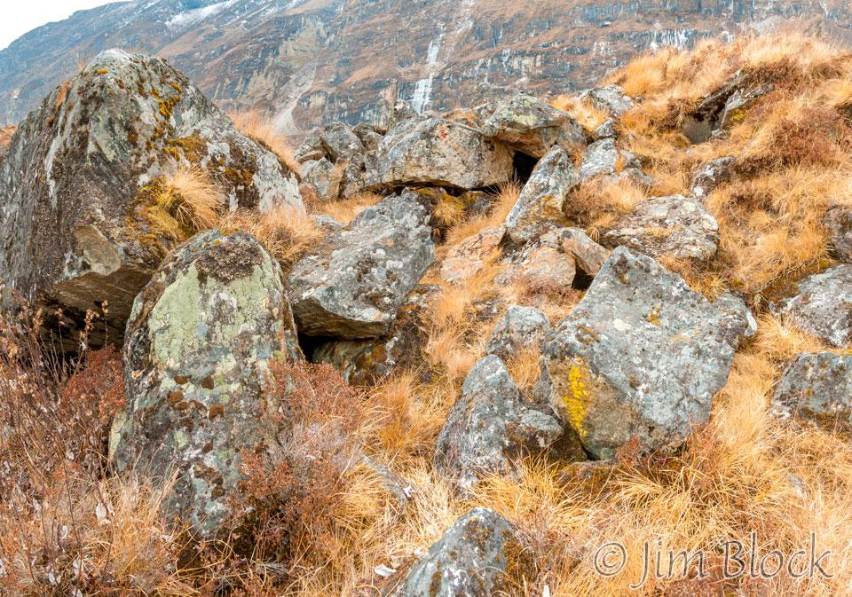 31   BHU-9467--Rocks-near-Jomolhari--Pan--(4)