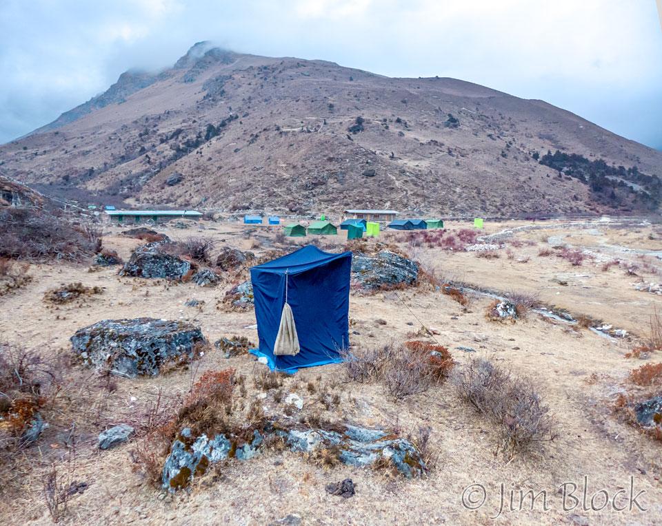 37   BHU-9517--Toilet-Tent-at-Jangothang---Pan--(2)