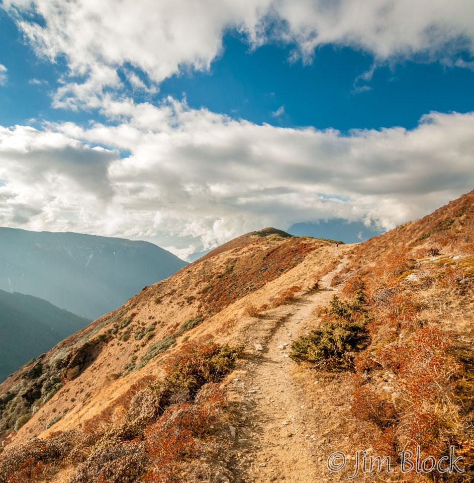 BHU-10535--Trail-Down---Pan-(2)