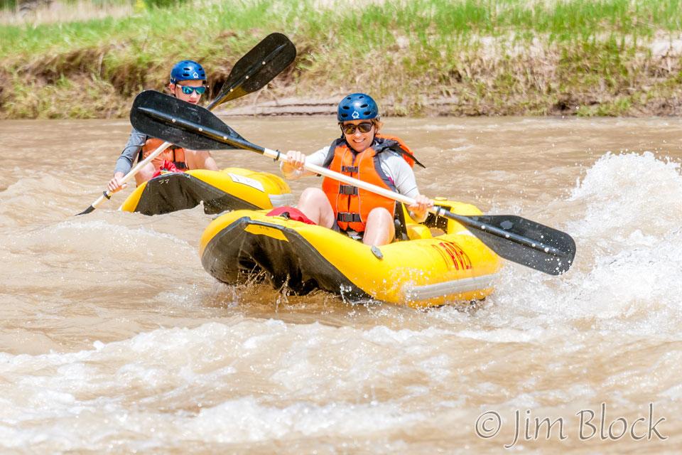 ED419D--Heather-and-Dan-running-Winnies-Rapids