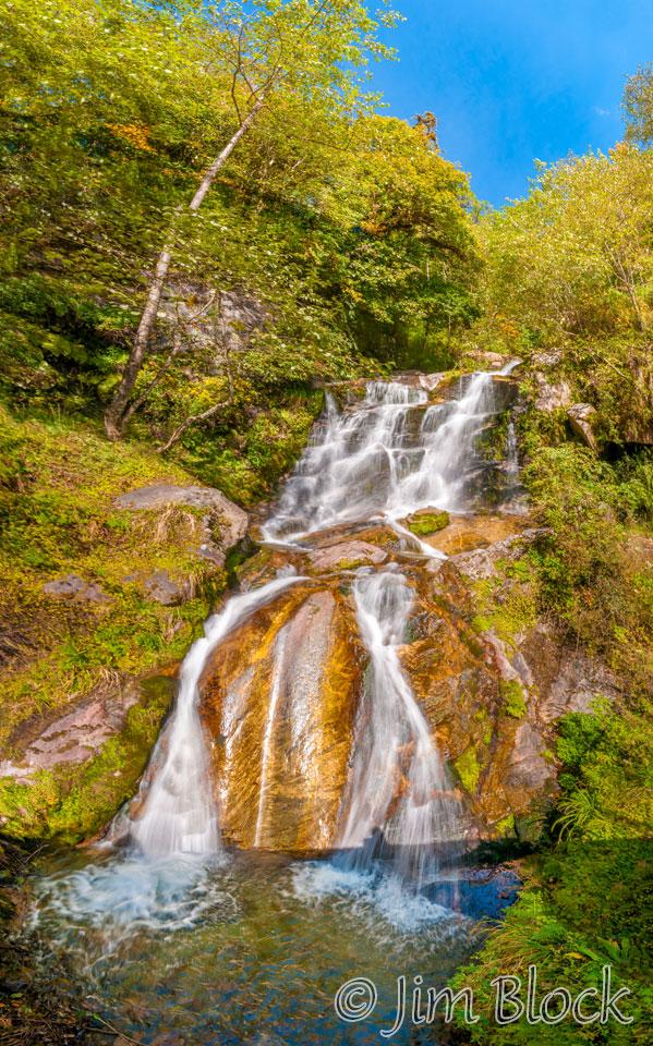 BHU-6157--Waterfall-before-Phobjikha-Valley---Pan-(10)