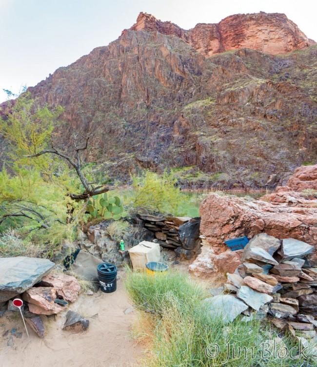 DT636-Toilet-at-Crystal-Camp--Pan-(3)