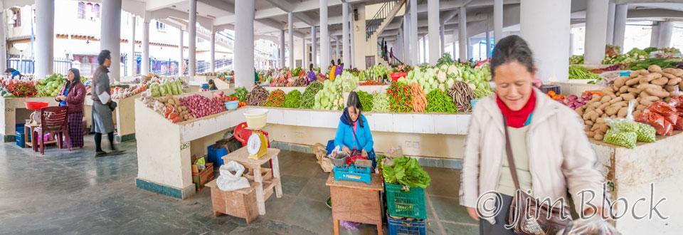 BHU-11677--Timphu-Vegetable-Market---Pan-(3)