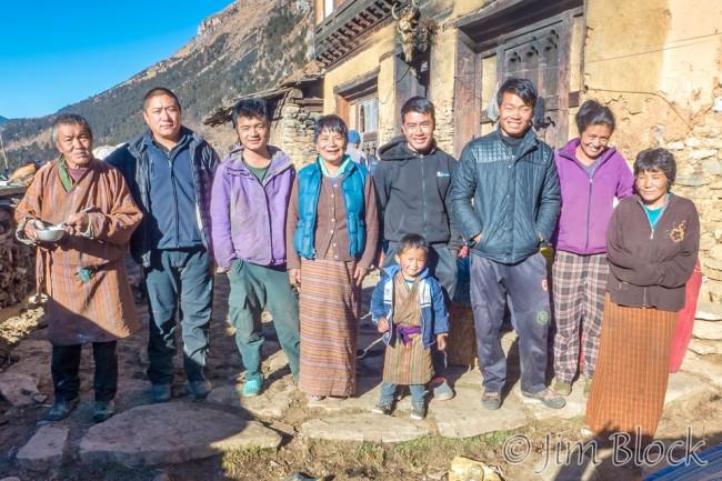 BHU-10162C,E--Nomad-Family-Portrait-3x2-crop