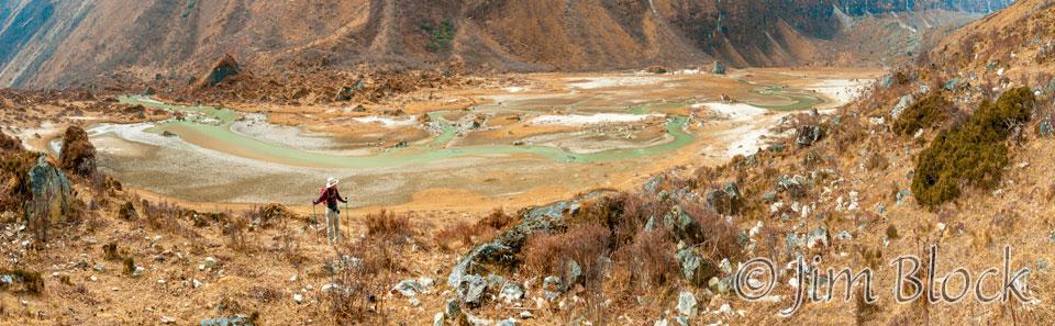 BHU-9360--Stephen-hiking-along-the-Paro-Chhu---Pan-(5)
