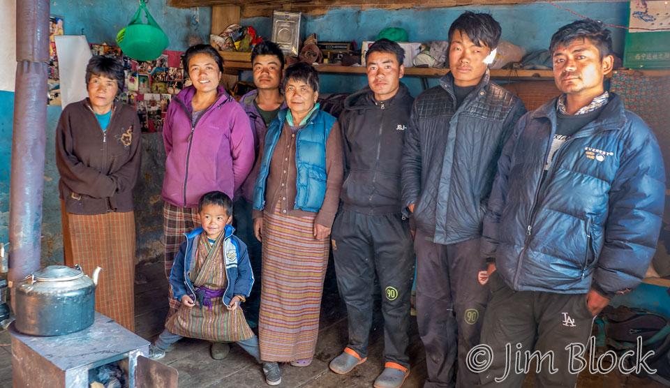 BHU-10161C,E--Nomad-Family-Portrait