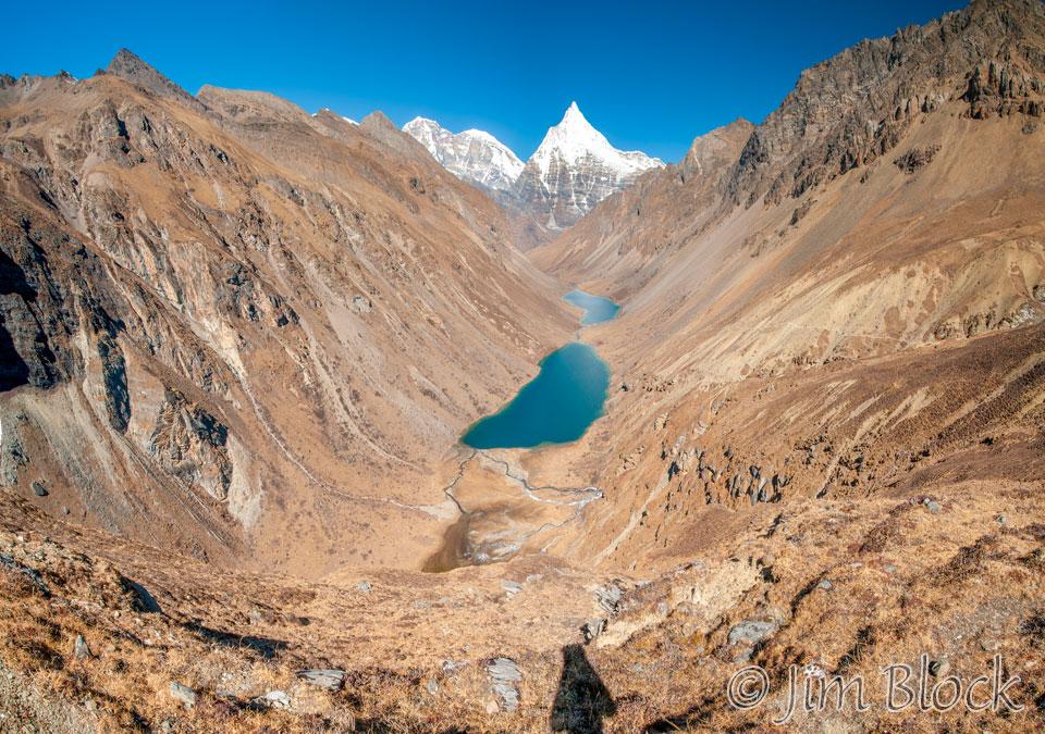 BHU-9716---Jomolhari,-Jichu-Drakye,-and-Tsho-Phu-lakes---Pan-(6)